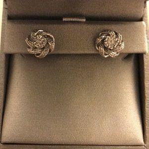 Zales diamond flower cluster stud earrings